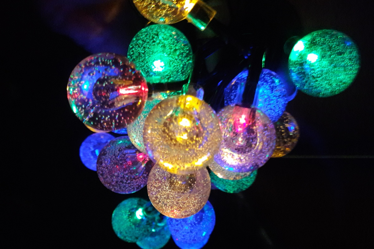 Wishworld outdoor christmas solar string lights 21 ft 30 leds i am a huge lover of solar string lights and have a big collection of them i keep mine going all year long so occasionally have to replace them mozeypictures Images