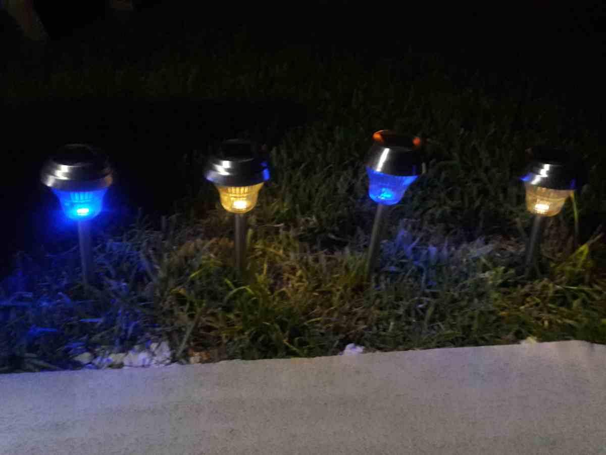 Sogrand Solar Lights Bright 10 Lumen White Blue Dual
